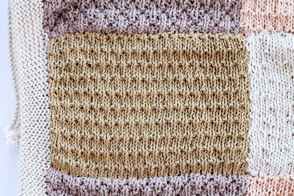 the alternating andalusian stitch