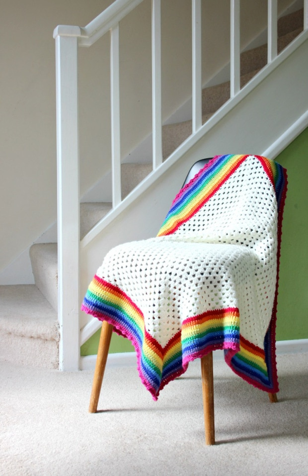 raibow crochet blanket