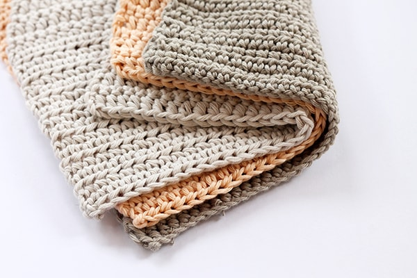 crochet washcloths in a simple pattern