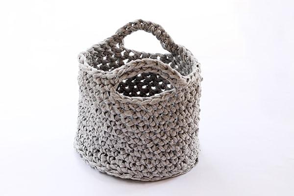 crochet basket bag
