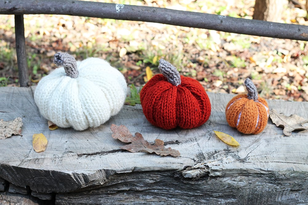 knitted pumpkins in fall