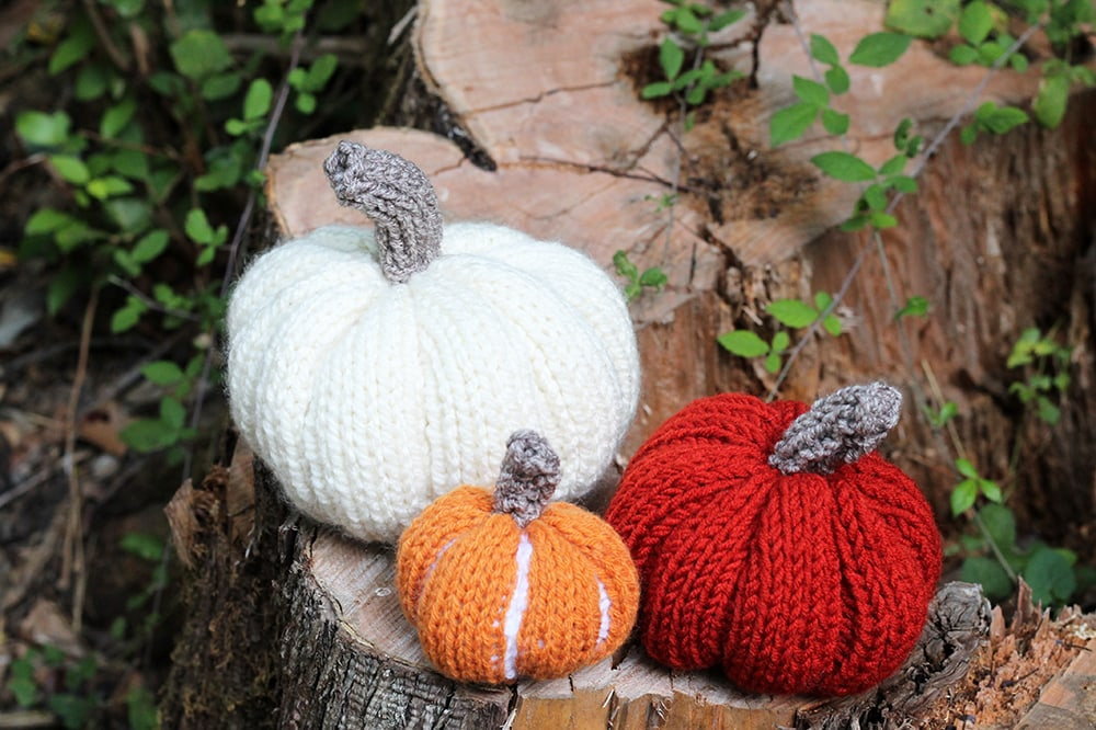 knitted pumpkins fall decoration