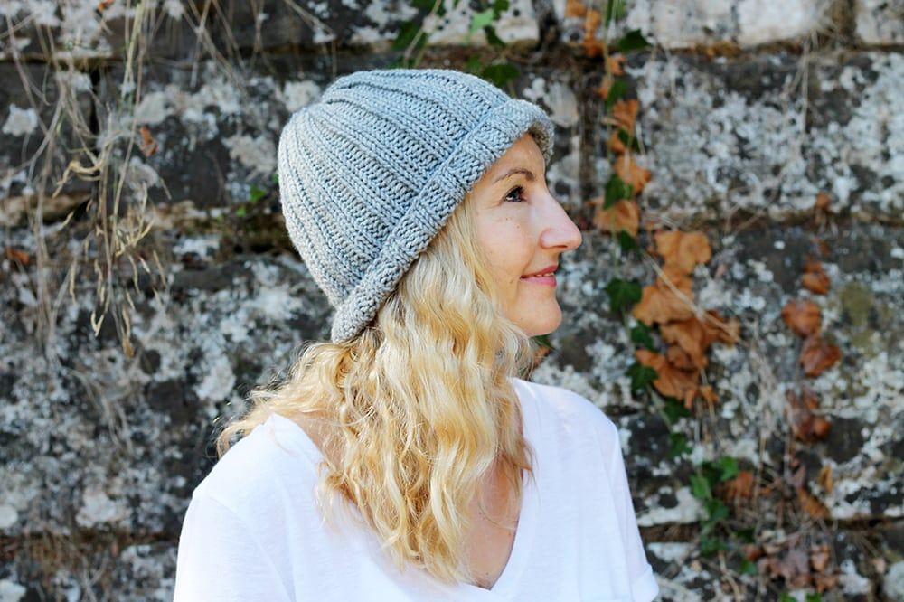 Easy Beginner Hat Knitting Pattern | Free Knitting Patterns