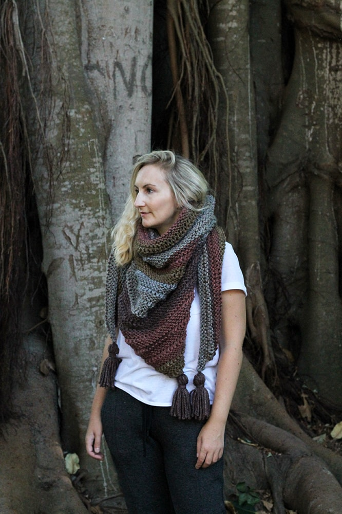 Drop stitch triangle scarf with tassels