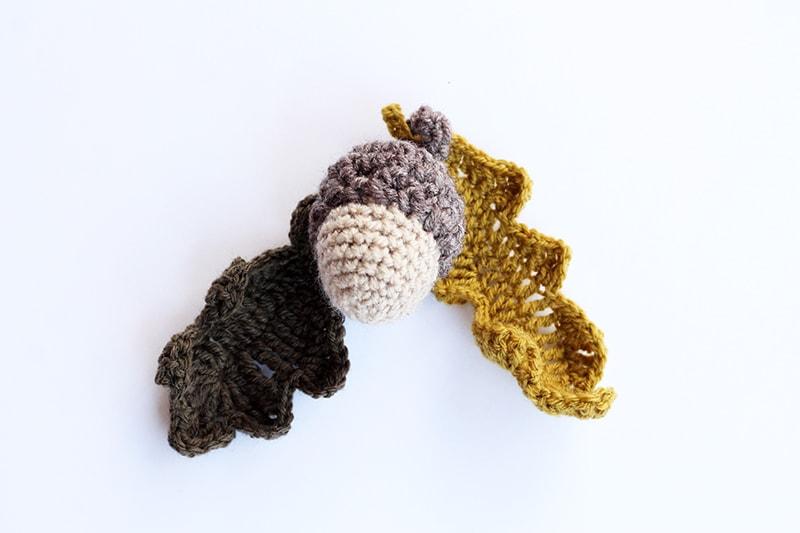 Crochet acorn and oak leaves for autumn