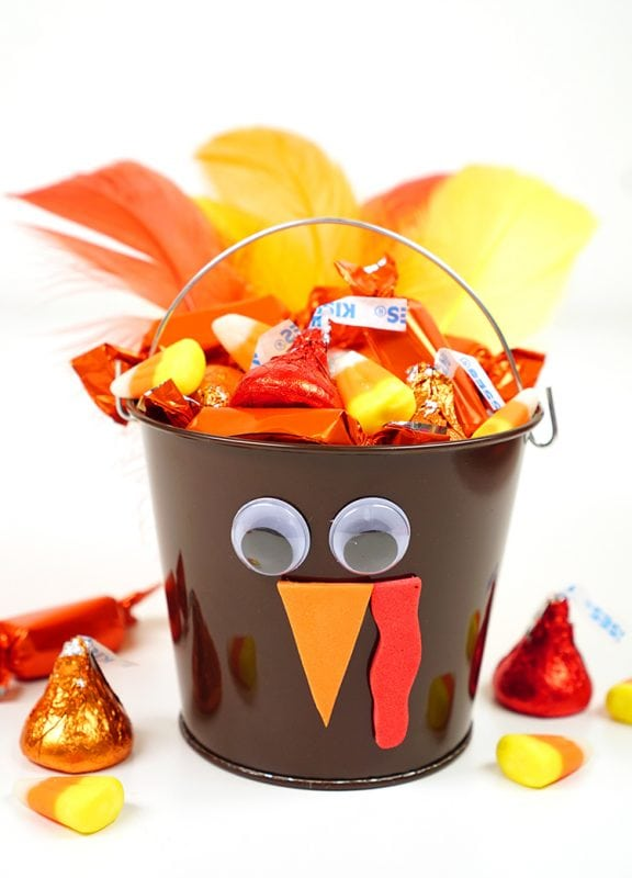 Thanksgiving treat bucket that looks like a turkey