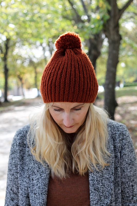 ribbed beanie with pom pom