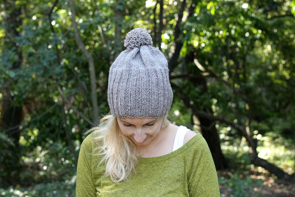 brown ribbed beanie hat with pom pom