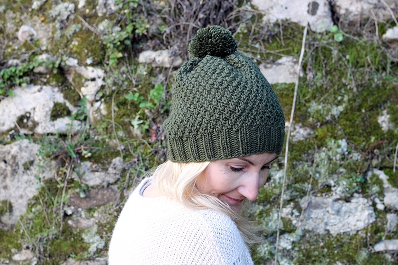 double moss stitch hat with pom pom