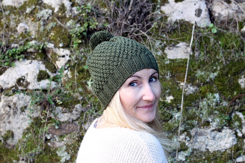 Irish-moss-stitch-hat-pattern