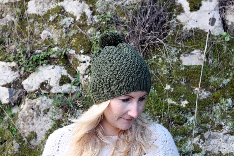 Irish moss stitch hat with pom pom