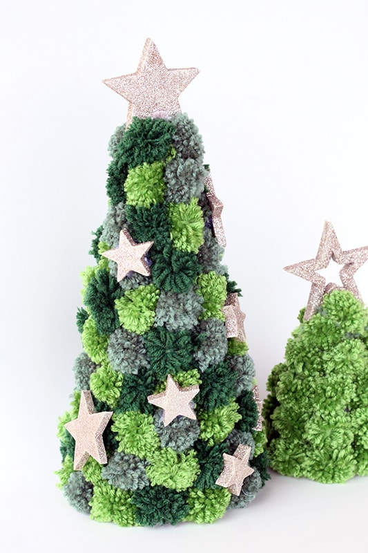 Pom pom Christmas tree with gold stars