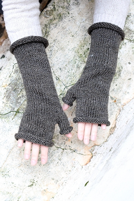 Outlander inspired fingerless mittens with thumb gusset