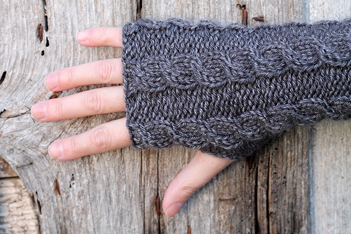 Claire Fraser fingerless mittens pattern