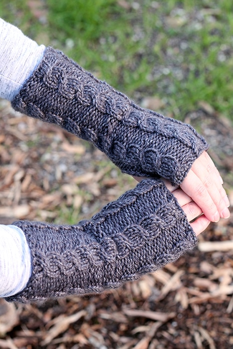twisted cable knit mittens