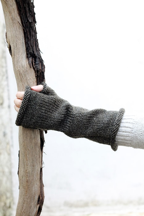 fingerless glove with rolled top and cuff