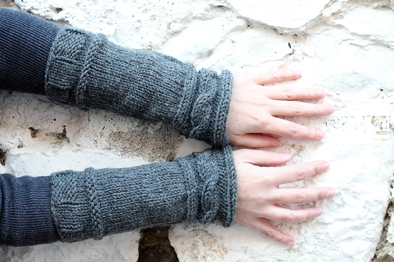 knitted cable cuff arm warmers