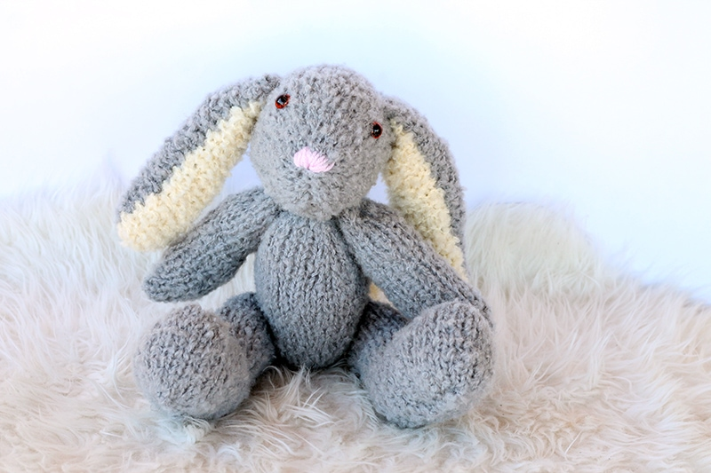 Easter Bunny Pattern | Free Knitting Patterns | Handy Little Me