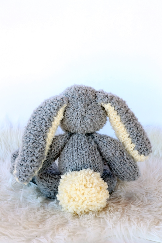 back view of the knitted bunny