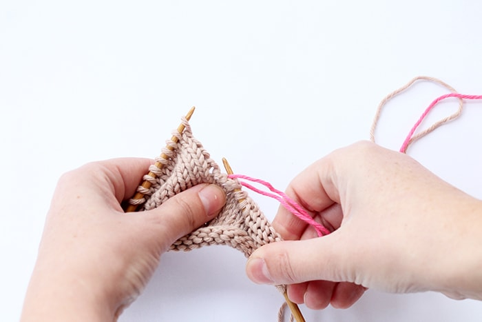 picking up stitches in knitting with step by step tutorial