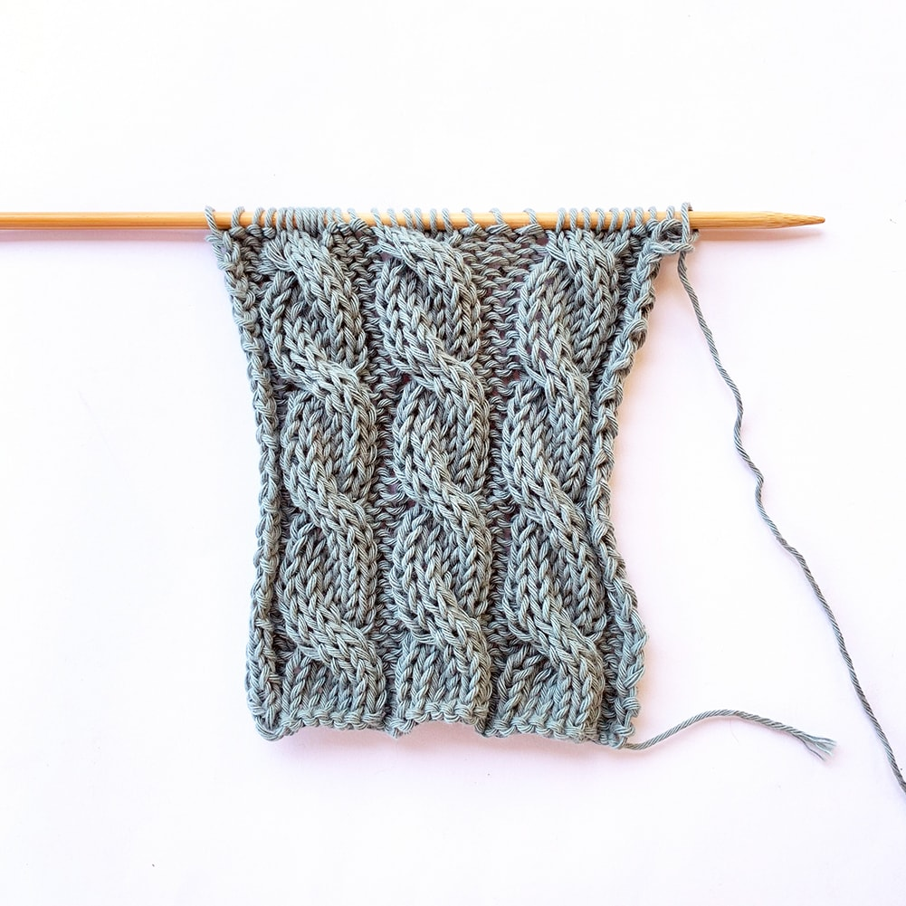 6-Stitch Cable (To the Left) ⁣