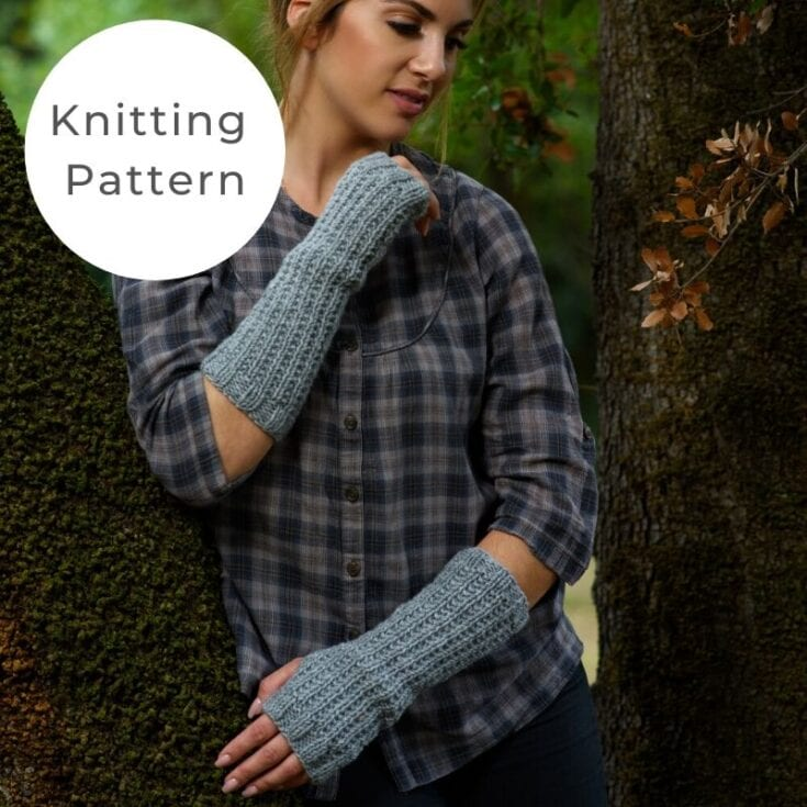 Fingerless Mittens Pattern | Outlander Claire