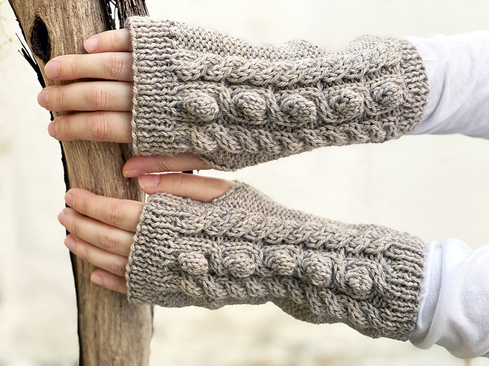 Cable bobble stitch mittens