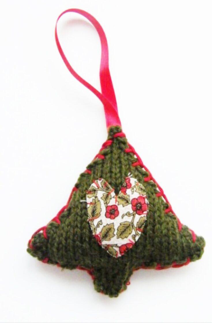 Mini Christmas Tree Knitting Pattern
