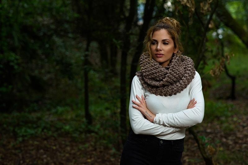 Outlander scarf in brown yarn