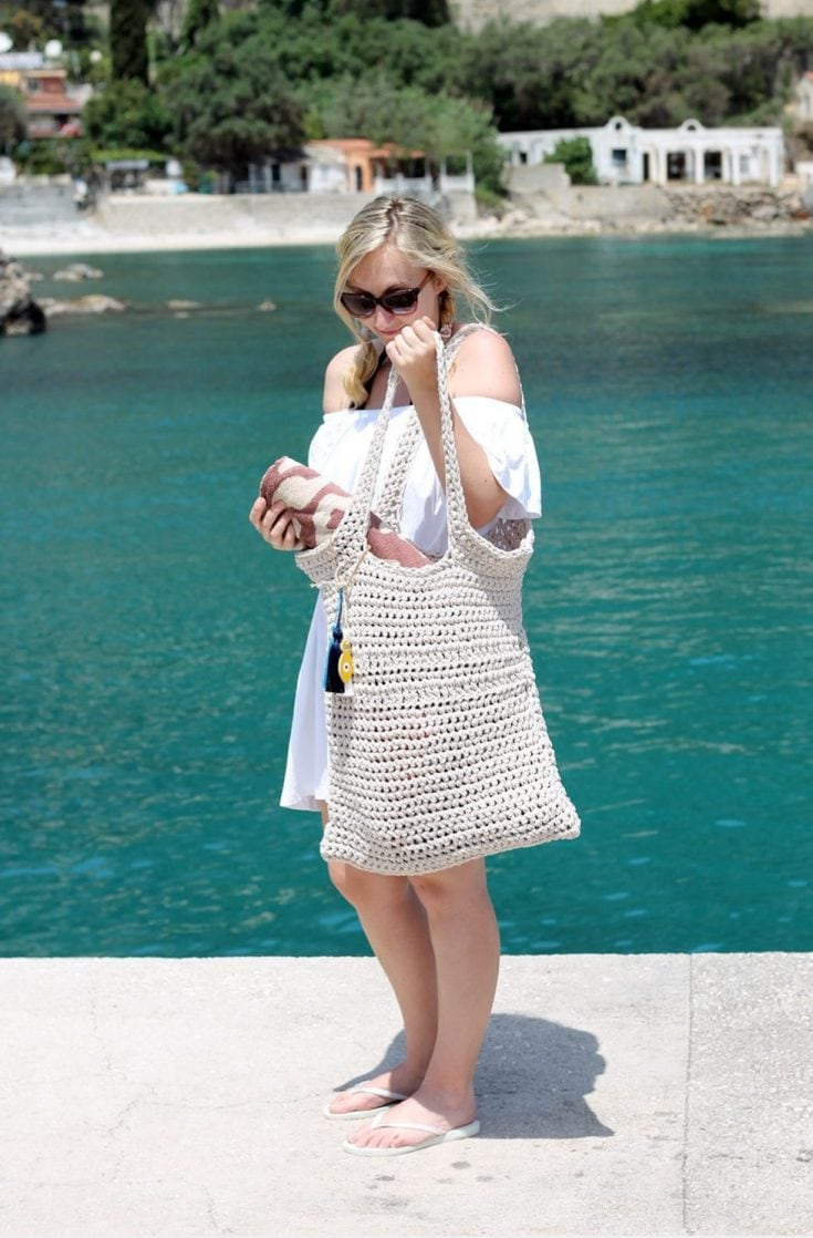 Crochet Beach Bag - Free Pattern