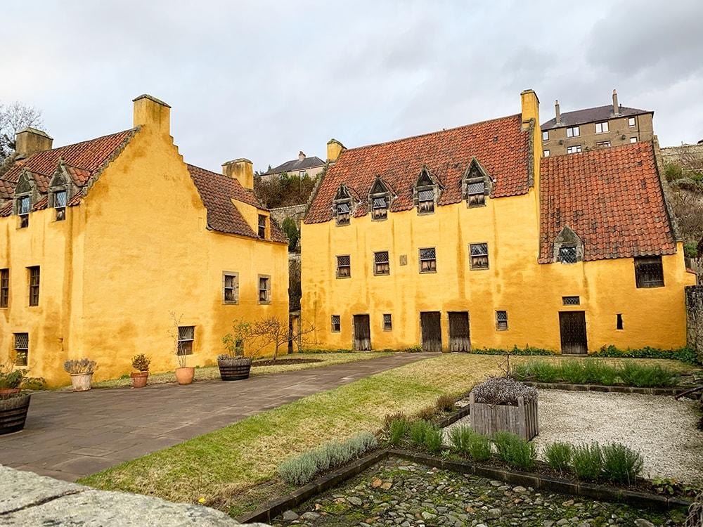 Culross Village Outlander tour in Scotland review
