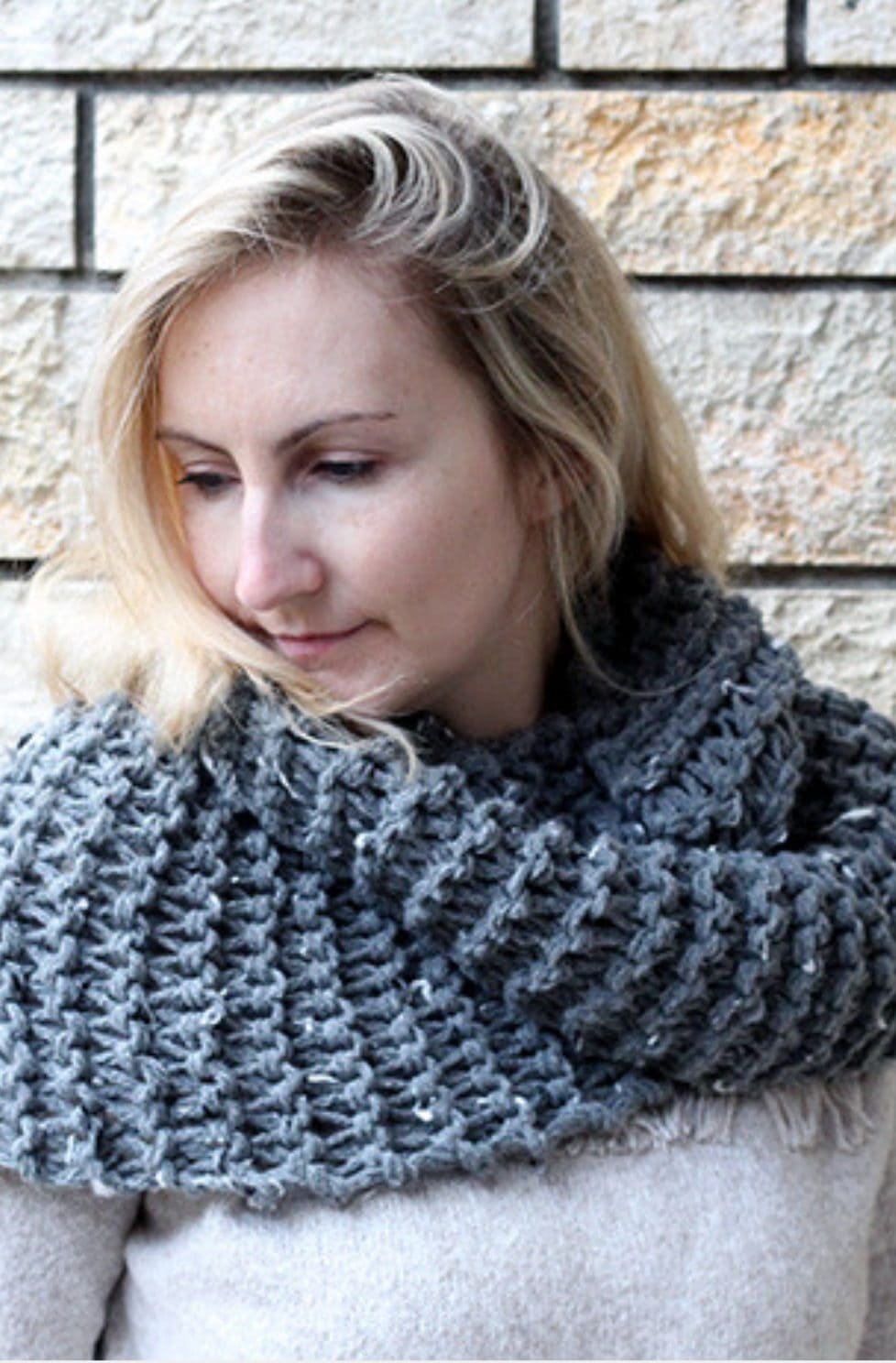 Easy knit infinity scarf
