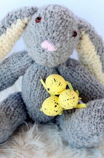 Easter Bunny Pattern {Floppy Ears + Cuddly!}