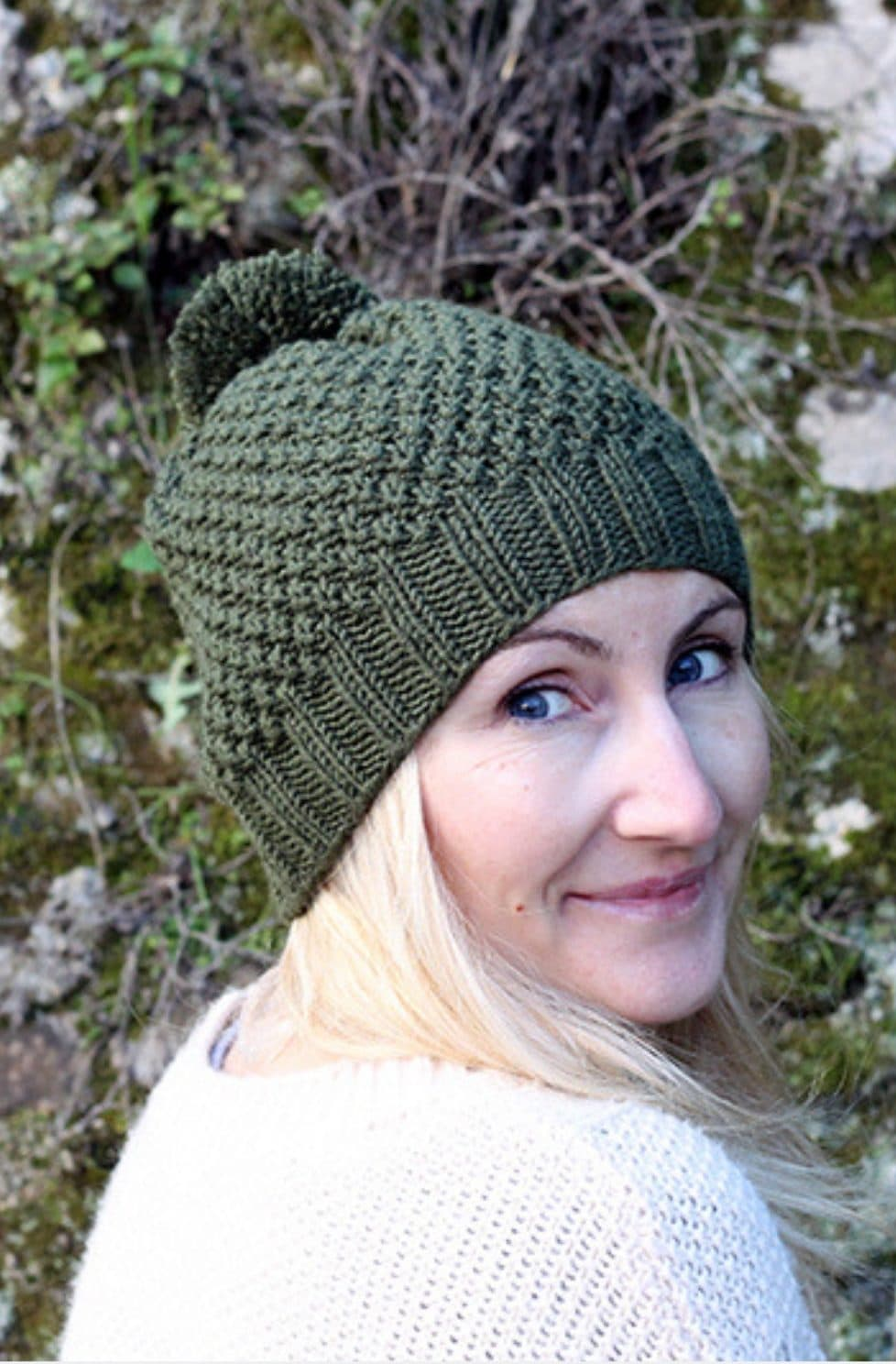 Irish moss stitch hat
