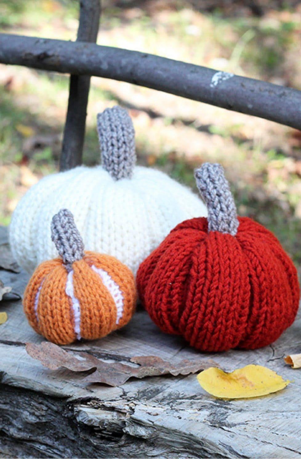Knitted pumpkins