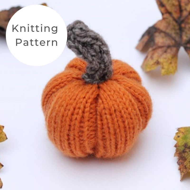 Mini pumpkin knitting pattern