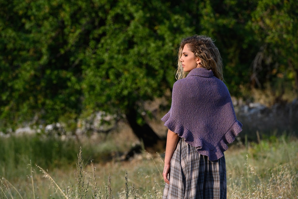 Outlander-Jennys-shawl-back-view