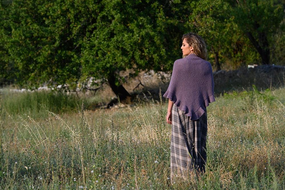 Outlander-shawl-ruffled-edge