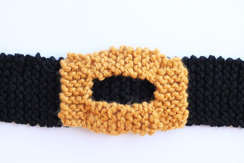 knitted belt buckle on belt