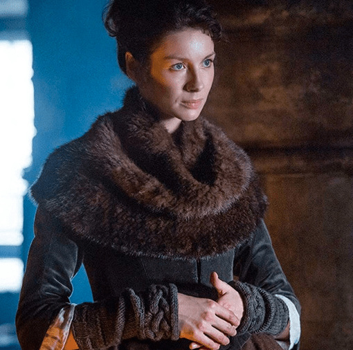 Outlander Claire wearing a fur scarf
