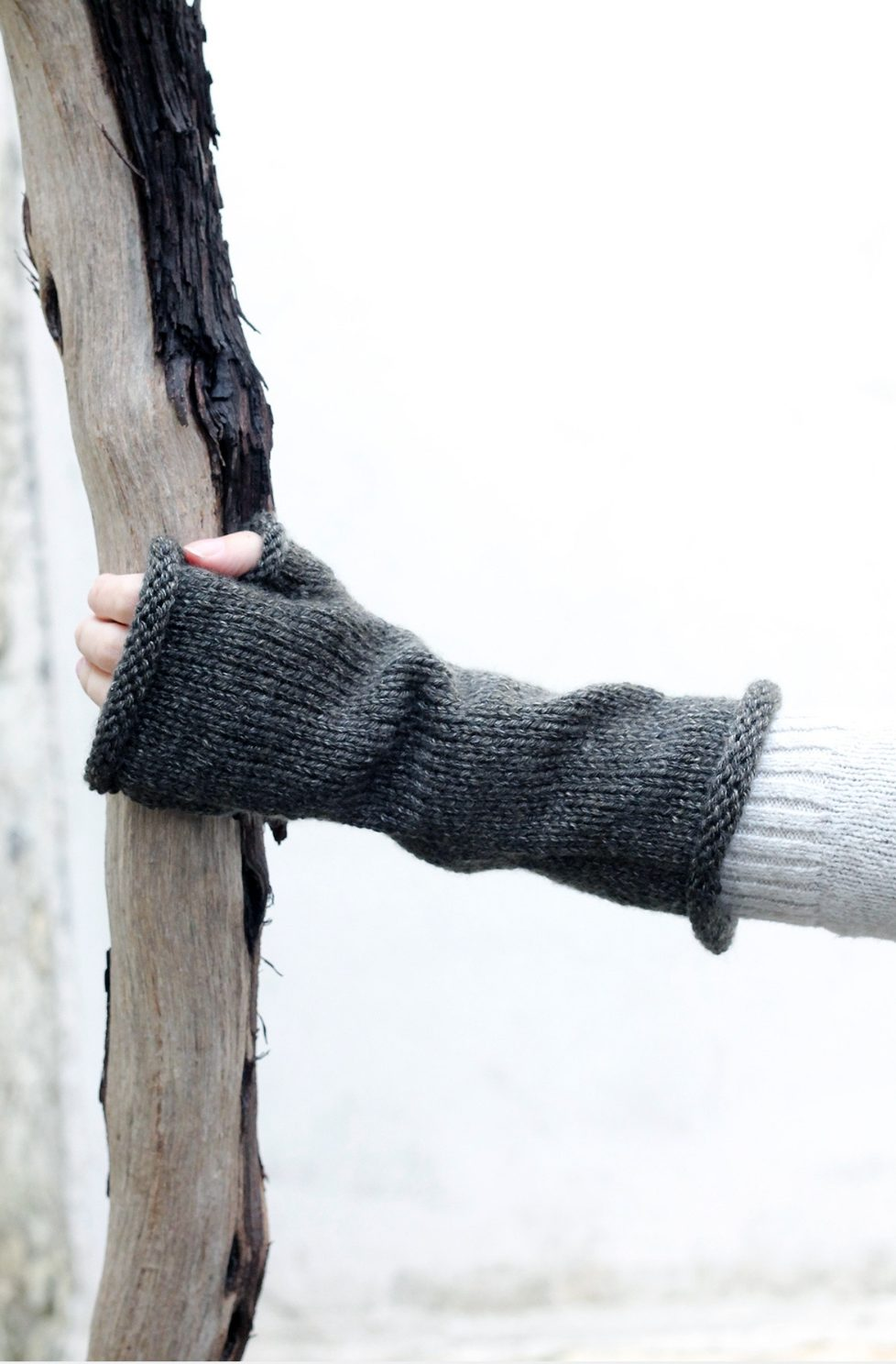 Outlander Fingerless Gloves Pattern