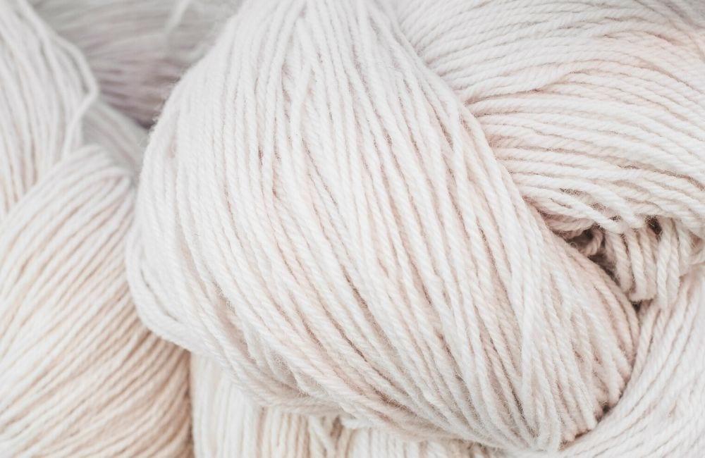 white yarn types