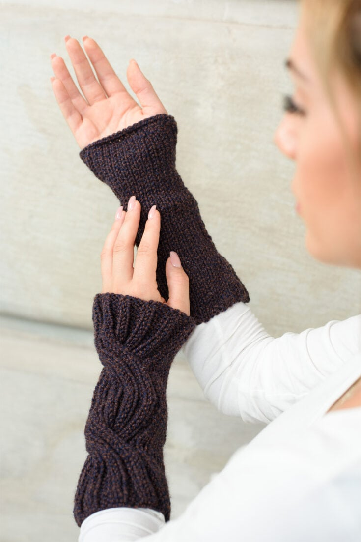 Outlander Cable Knit Arm Warmers Pattern