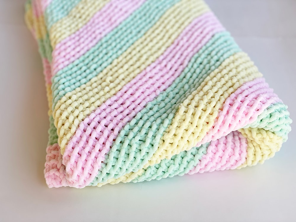 Corner To Corner Baby Blanket Pattern | Handy Little Me