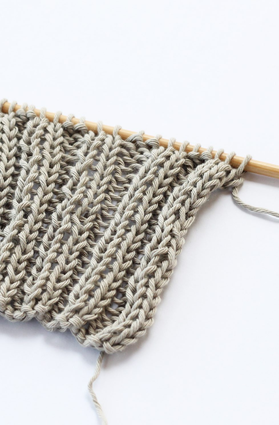 12 Simple Knitting Stitches For Beginners