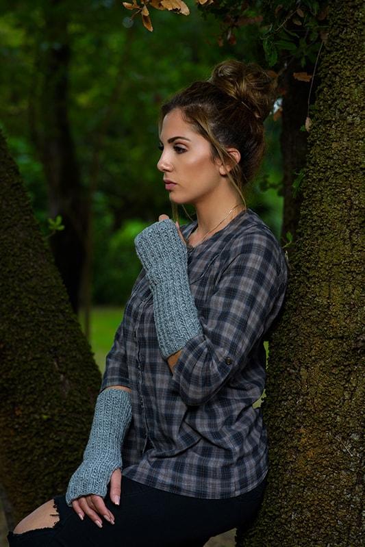 Outlander inspired knitted fingerless mittens