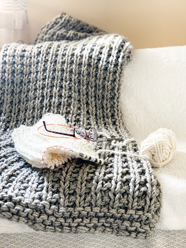Easy Squishy Knit Throw Blanket Pattern Free Knitting Pattern For Beginners