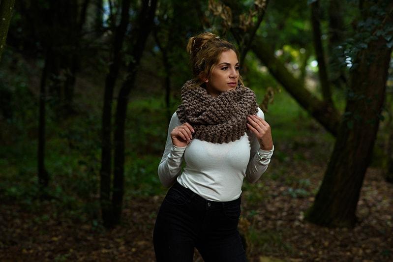 claire-cowl-outlander
