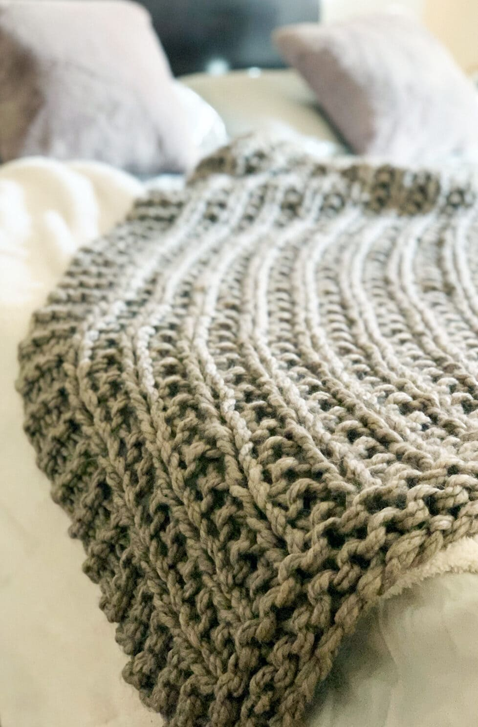 Easy Squishy Knit Throw Blanket Pattern