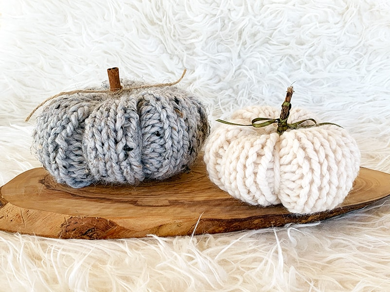 knitted pumpkins in grey marble and fisherman yarn
